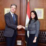 الشركات الانجليزيه تتعاون مع السفرة البريطانيه للتبرع لمصر